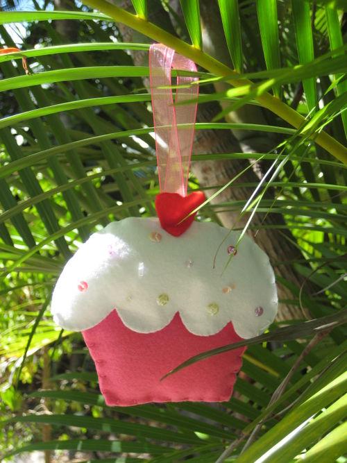 Christmas Cupcake Creation