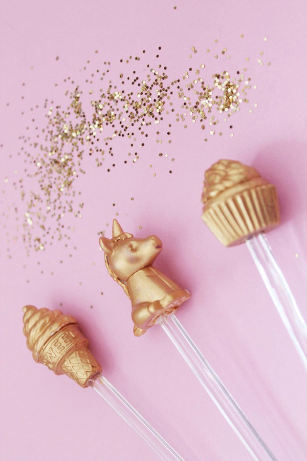 DIY-Gilded-Novelty-Eraser-Drink-Stirrer-600x900