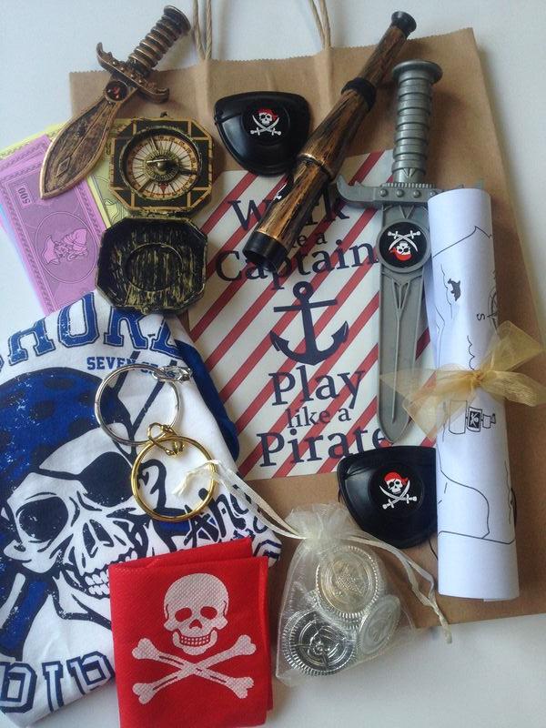 Present - Pirate pack